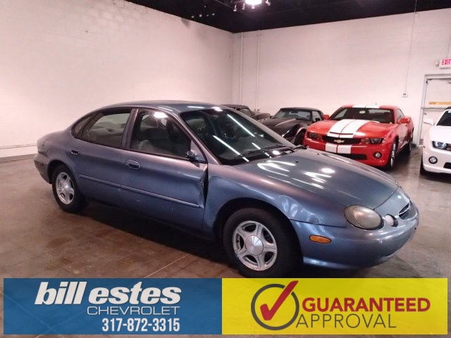 Pre-Owned 1999 Ford Taurus SE