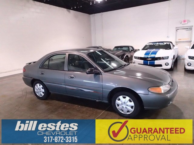 Pre-Owned 1998 Ford Escort SE