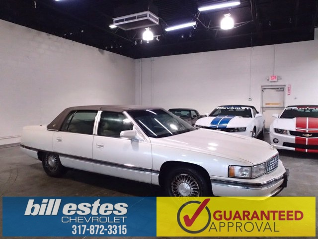 Pre-Owned 1995 Cadillac DeVille Base