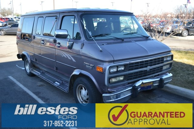 Pre-Owned 1995 Chevrolet Chevy Van G20 Base