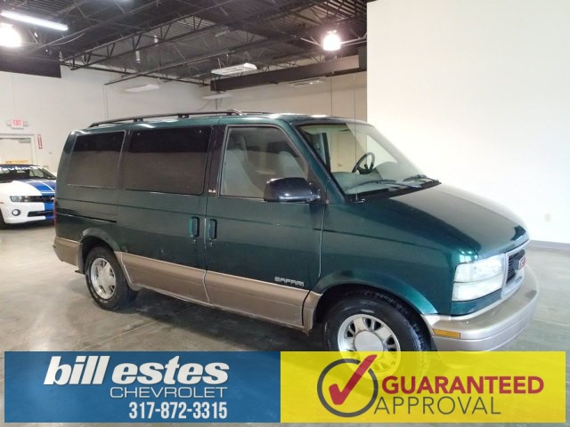 Pre-Owned 1998 GMC Safari