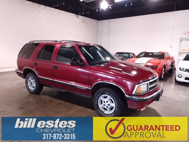 Pre-Owned 1996 Chevrolet Blazer Base 4WD