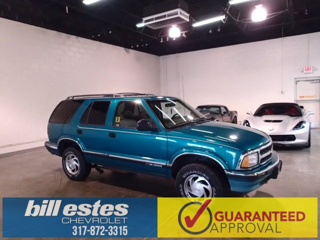Pre-Owned 1995 Chevrolet Blazer Base 4WD