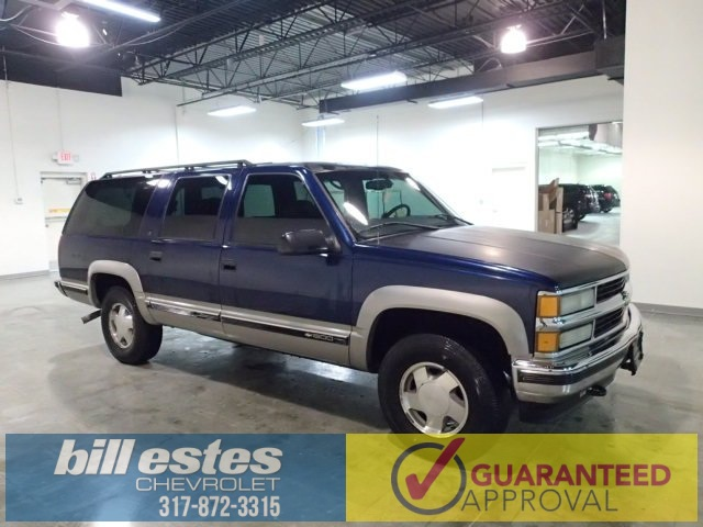 Pre-Owned 1999 Chevrolet Suburban 1500  4WD