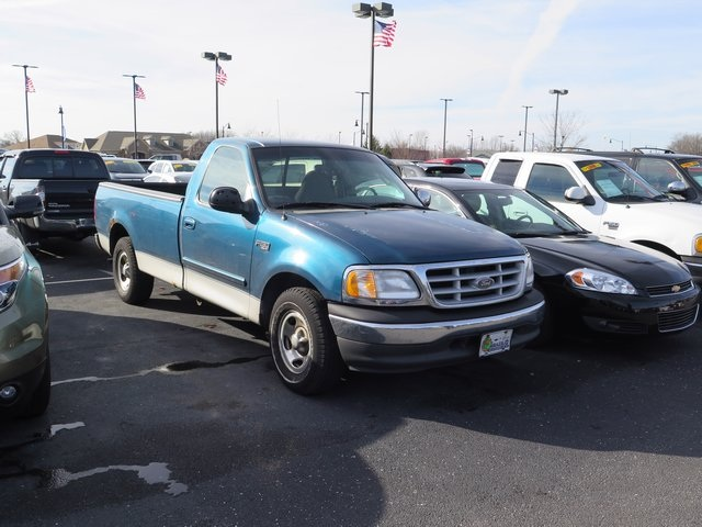 Pre-Owned 2000 Ford F-150