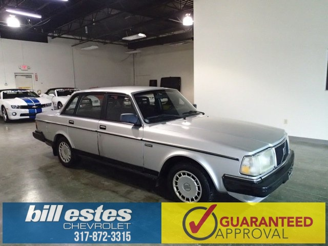 Pre-Owned 1991 Volvo 240 Base